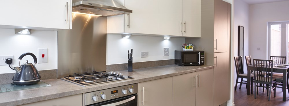 Fully equipped kitchen in 4 bedroom town house